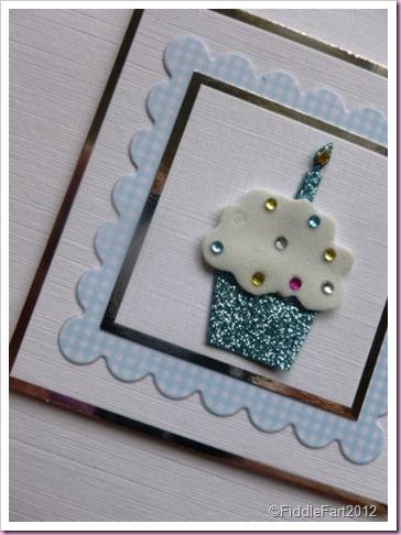 Gingham Cupcake card.
