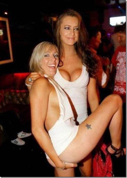drunk-women-party-15