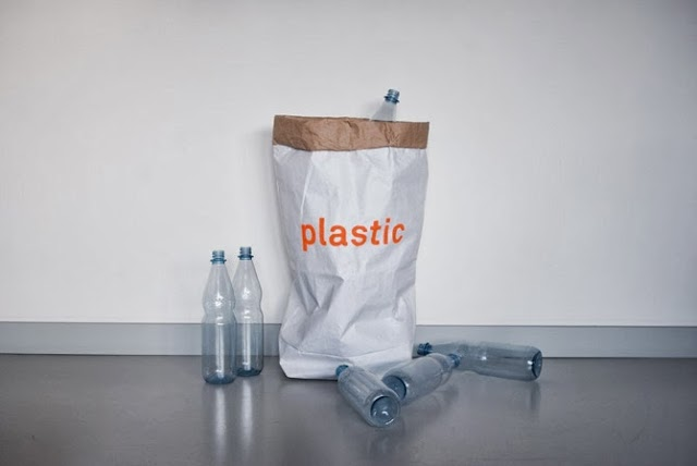 01plastic1.jpg