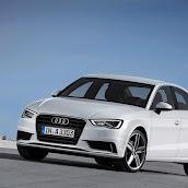 2014_Audi_A3_Sedan_10.jpg
