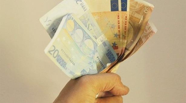 Κατασχέσεις για χρέη προς τα ταμεία