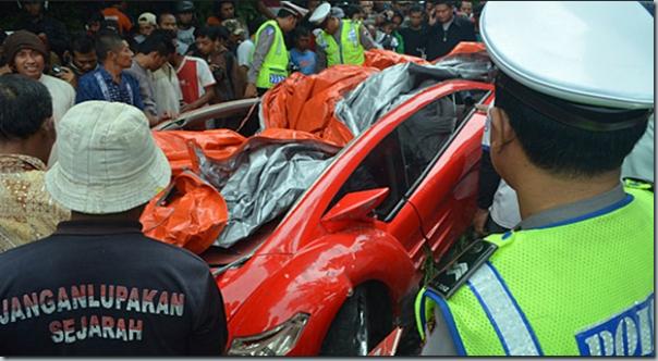 Dahlan Iskan Kecelakaan Saat Test Drive Ferrari Listrik Tucuxi 2   foto   Tempo.co-142708