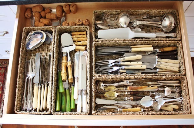 baskets-in-drawers