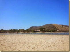 20140224_secluded beach Zihua (Small)