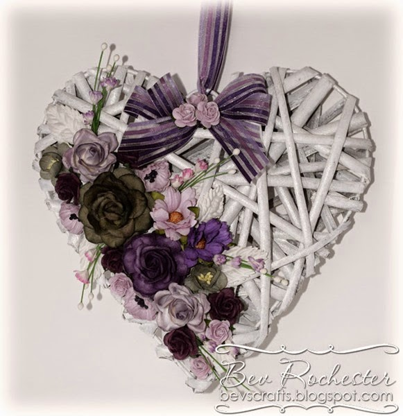 bev-rochester-willow-heart-decoration