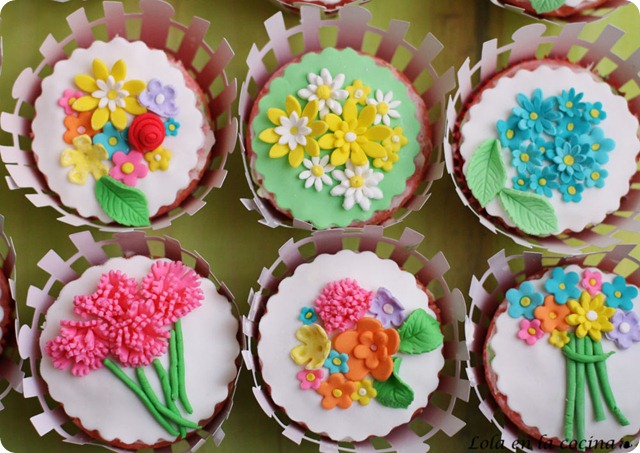 mesa-comunion-cupcakes2