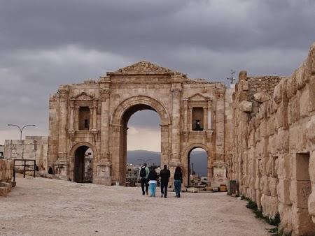 18. Poarta sud Jerash.JPG