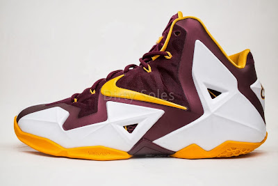 nike lebron 11 pe ctk home 1 06 First Look at Nike LeBron 11 Christ the King Home PE