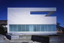Fachadas-arquitectura-minimalista-pintura-en-paredes