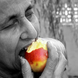 An apple a day keeps the doctor away by Soujit Sarkar - Digital Art People ( fruit, food and drink, food, woman, apple, digital art, food coloring, apples, digital photography )