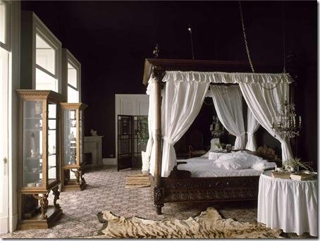 Master bedroom Sorrento villa