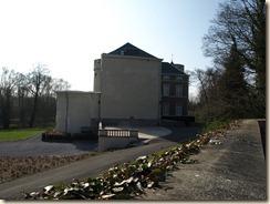 Linsmeel (Linsmeau): kasteel