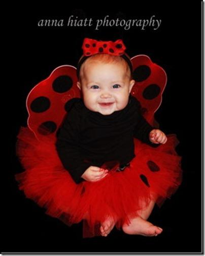 Disfraz casero de mariquita para ni a hecho con un tut - Disfraz de mariquita bebe ...