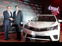 Toyota-Corolla-2014-2