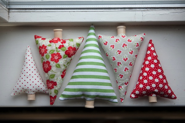 Fabric Christmas Trees 25
