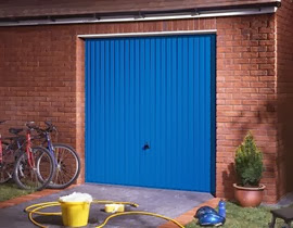 Garador Carlton in Signal Blue (RAL5005)