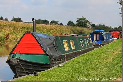 14-Canal-Boats-Crofton