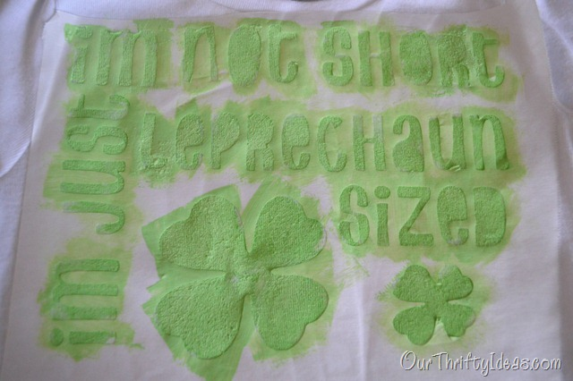 Our Thrifty Ideas | DIY Shirt using the #cricutcraftroom and freezer paper | #stpatricksday