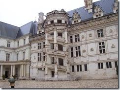 2004.08.28-025 façade intérieure du château