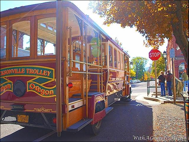 Jacksonville Trolley 2