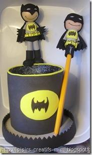 m_pot à crayon batman & son crayon à papier