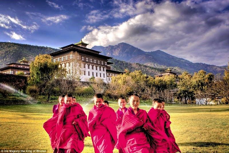 Phóng sự - phóng sự ảnh - Phật giáo thế giới - Người Áo Lam - 001