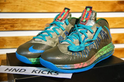 nike lebron 10 low gr black turquoise blue 4 01 Release Reminder: Nike Air Max LeBron X Low Swamp Thing