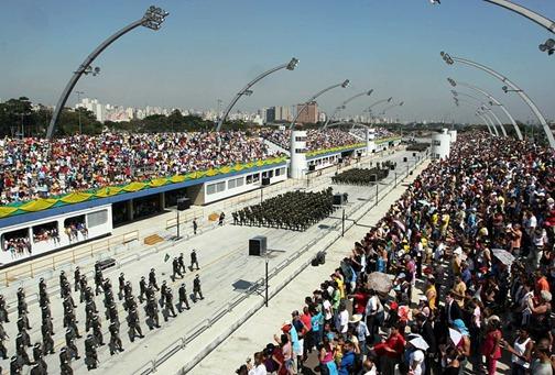 desfile de 7 de setembro no sambodromo