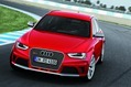2013-Audi-RS4-Avant-12