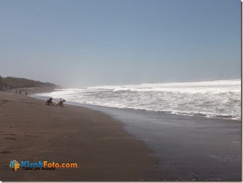 Ombak Pantai Baru Bantu Kisah Foto_03