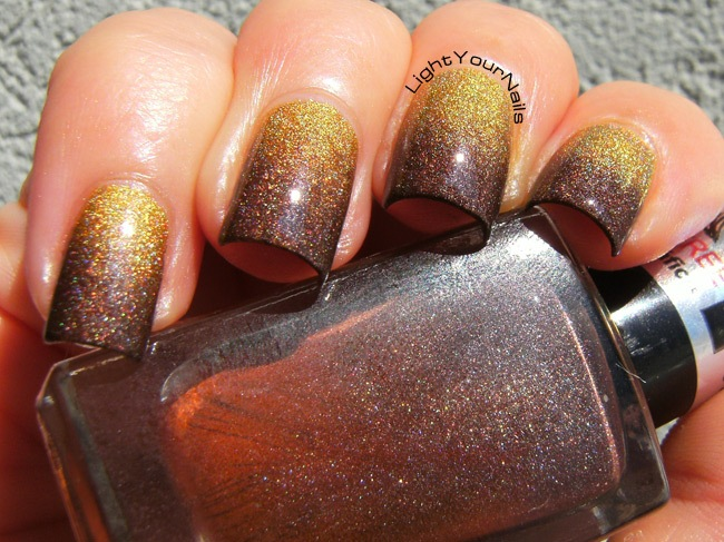 Holographic gold and brown Fall gradient nailart