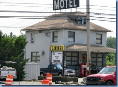 2085 Pennsylvania - PA Route 462 (Market St), York, PA - Lincoln Highway - Flamingo Motel