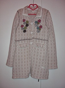 jaquard grandmas coat_front