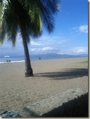 IMG_20121226_beach at puntarenas 2 (Small)