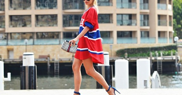 basketball-shirt-dress-heels-street-style