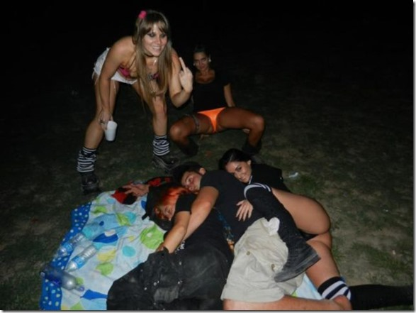 passed-out-juggalos-4