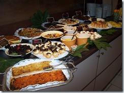 2009.05.20-003 buffet