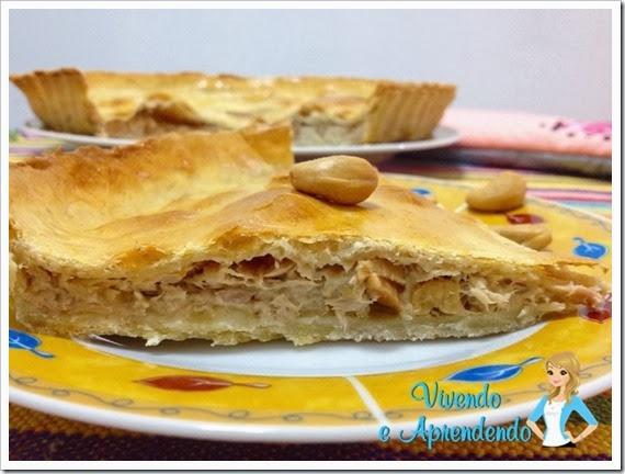 Torta de atum com castanha de caju e requeijão1