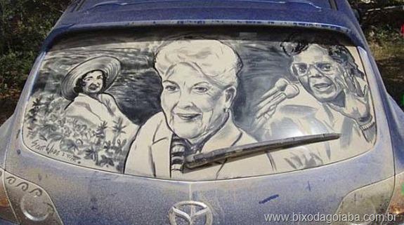 Desenhos em vidros de carros sujos 5