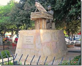 Monumento a  Luis A Calvo Agua de Dios