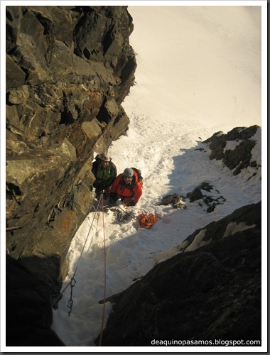Intento al Corredor Nefropatia 200m D  90º (Pico Piedrafita 2965m, Pirineos) (Fede) 0022