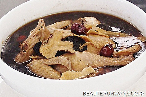 Old Hong Kong Restuarant Herbal Chicken Soup Essence