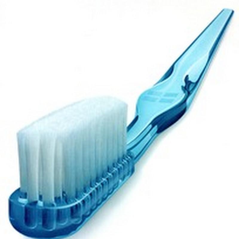 كيف تختار فرشاة اسنانك الصحية ؟