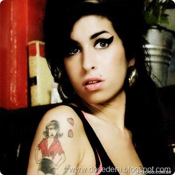 Oua-nova-faixa-de-Amy-Winehouse