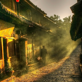 Lijiang Old Town by Łukasz Sowiński - Landscapes Travel