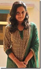 Tamil Actress Mahima Nambiar Stills in Yennamo Nadakkudhu Movie