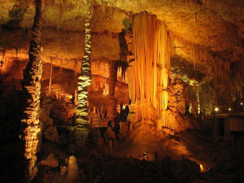 الكهف واحدة من الأكثر إثارة للإعجاب avshalom-cave-4%5B