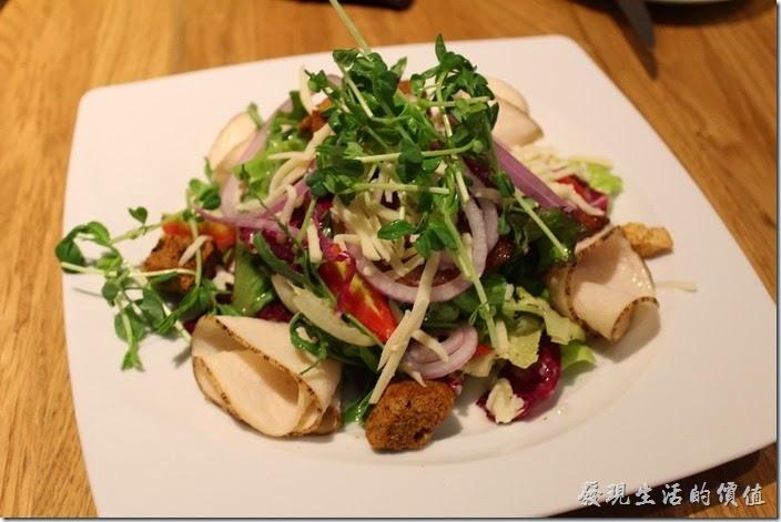 台北-溫德德式烘培餐館(內湖店)。總匯沙拉,NT330。