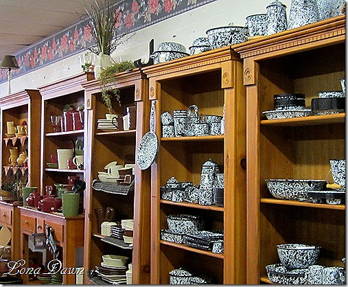 TLC_Pottery_Tinware