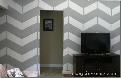 living_room_project,_herringbone_wall_(15)_thumb[5]